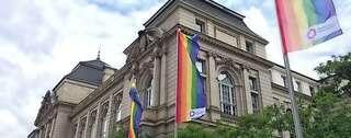 Campus Charlottenburg flaggt zur Pride Week