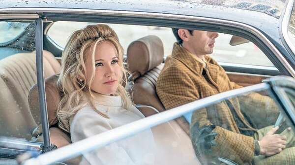 "Anna Camp in ""Good Girls Revolt"". Foto: Promo"
