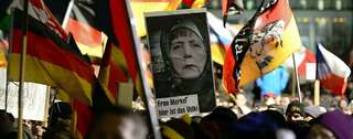 """Pegida""-Demonstration am Montagabend in Dresden Foto: Robert Michael/AFP"