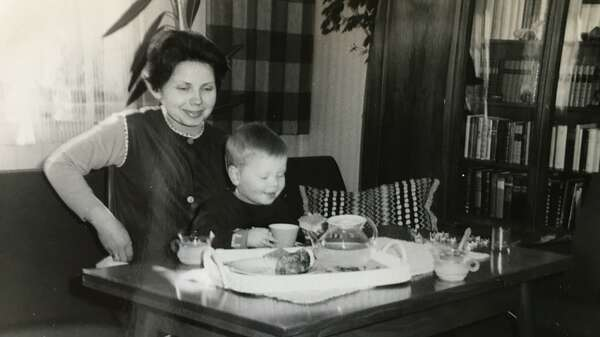 Her son Martin was an only-child. His two sisters died shortly after they were born. Foto: privat